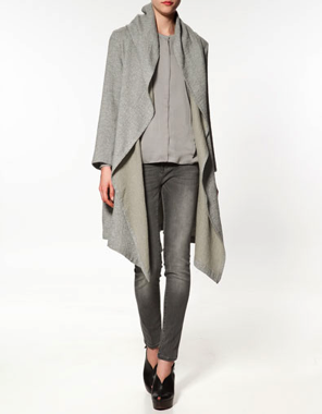 Studio overcoat by Zara in wool/cotton mix at 139Eur
