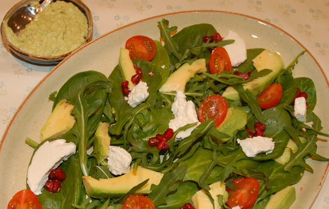 spinach-avocado-salad