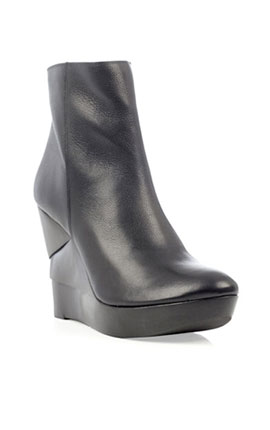 Diane Von Furstenberg  leather Opalista boots  €372.00 art www.matchesfashion.com