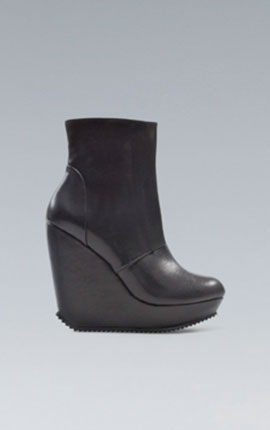 WEDGE ANKLE BOOT WITH FLAPS  59.95 EUR at Zara
